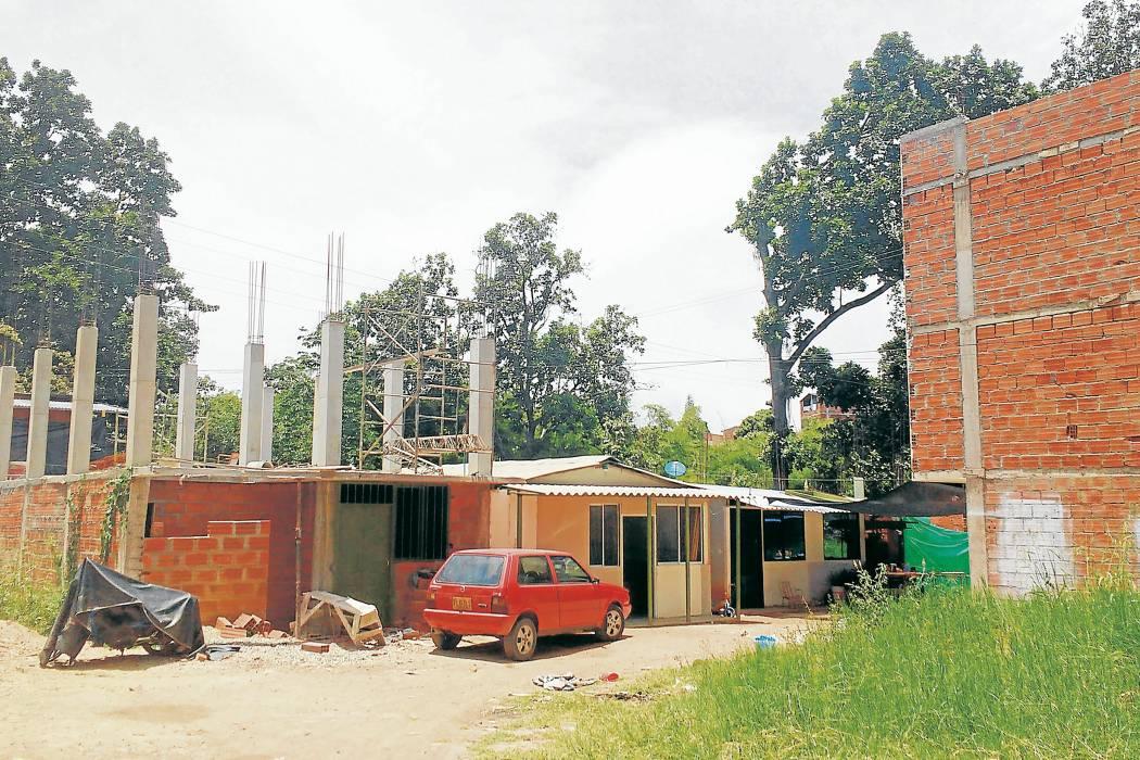 Así se construye en el área metropolitana de Bucaramanga sin licencias y sin permisos