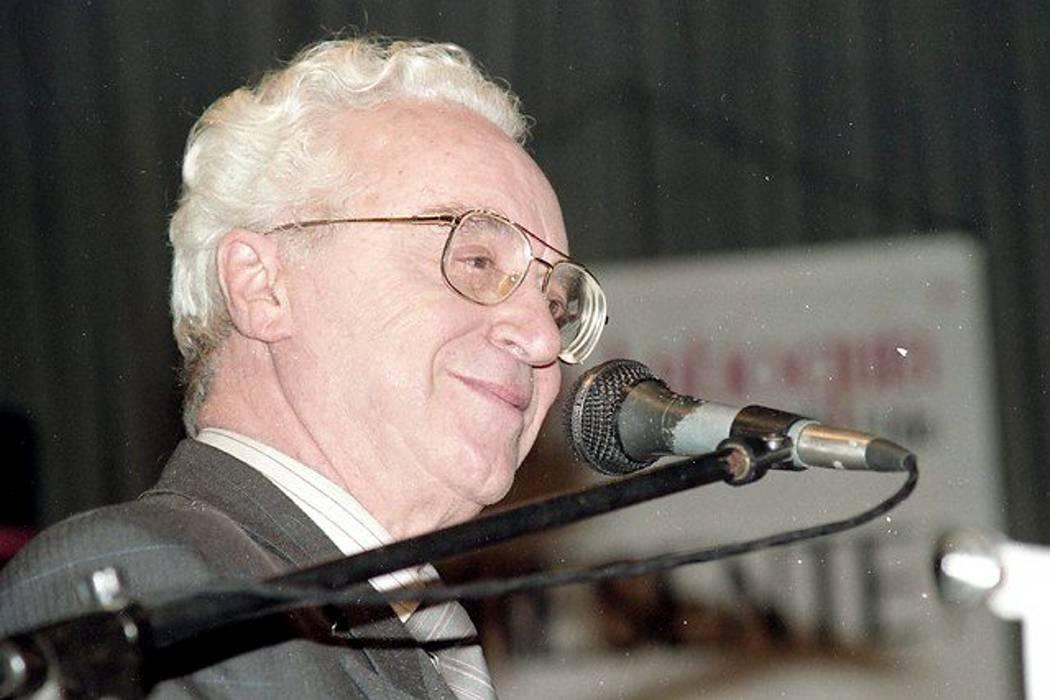 Falleció el actor y director español Fausto Cabrera
