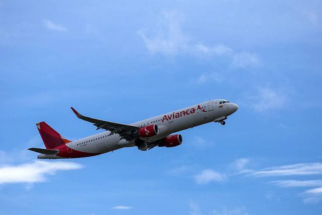 Avianca reduce tarifa de viajes desde el exterior a 25 destinos en Colombia