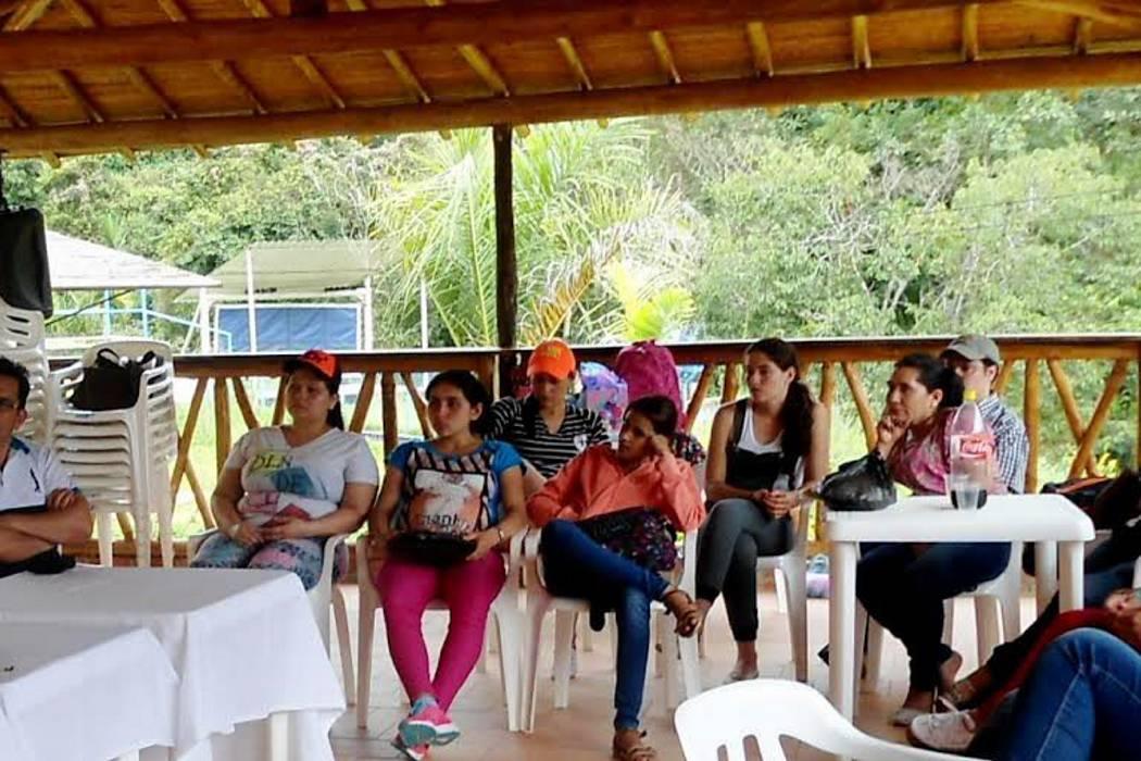 Estudiantes de la UDI realizan encuentros empresariales