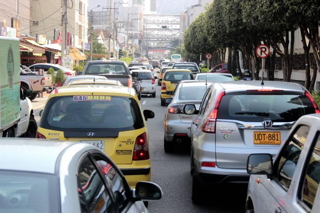 Críticas recibió idea de imponer pico y placa a carros de Bucaramanga en el área