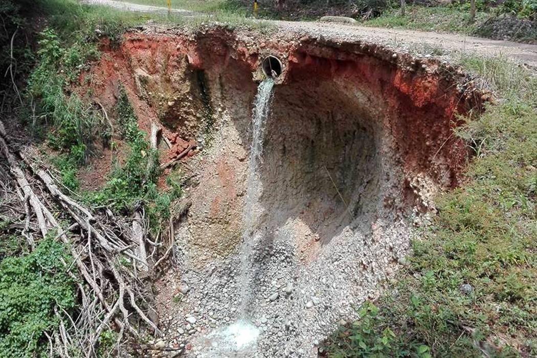 Cierran indefinidamente la vía a Meseta de San Rafael en Santander