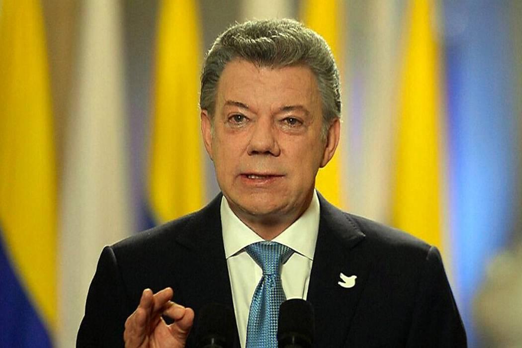 Juan Manuel Santos fue hospitalizado este martes en Bogotá