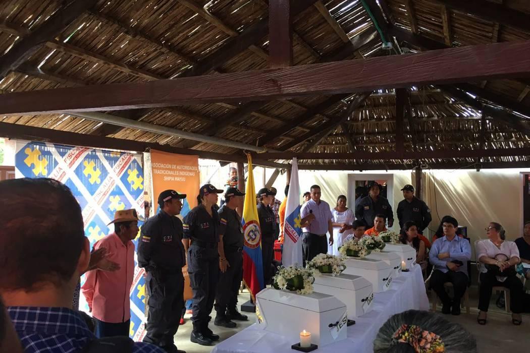 Fiscalía entregó los restos de cinco niños Wayúu
