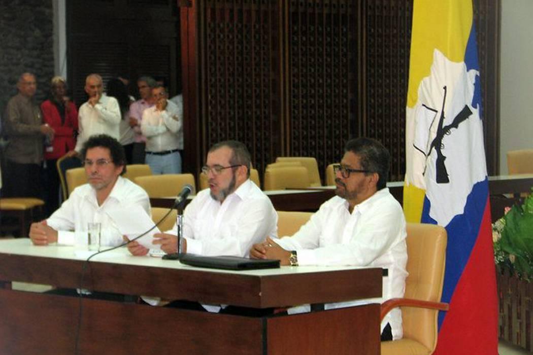 Farc piden a Santos que actúe ante asesinatos de campesinos y aplique acuerdo