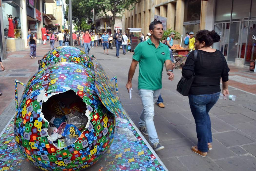 De arte a basurero en Bucaramanga