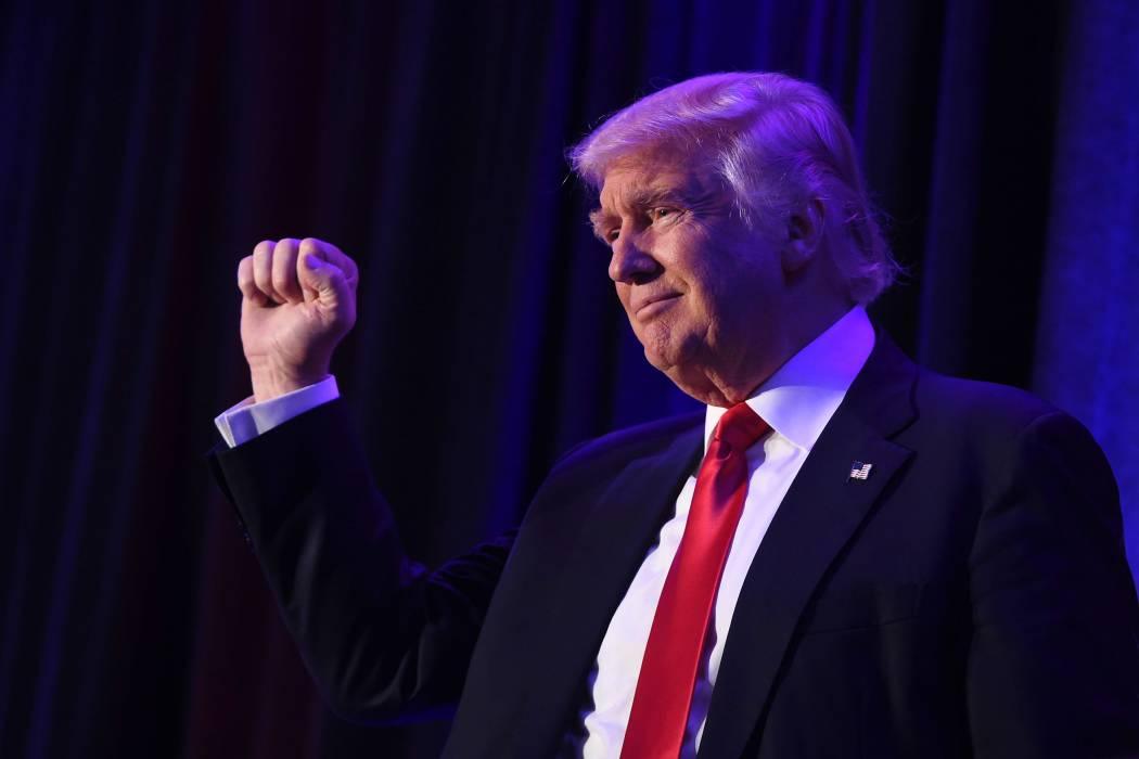 Trump amenaza con poner fin a acercamiento de Estados Unidos y Cuba
