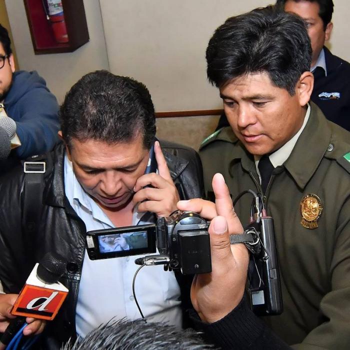 Ordenan arresto domiciliario contra el presidente de la Federación Boliviana de Fútbol