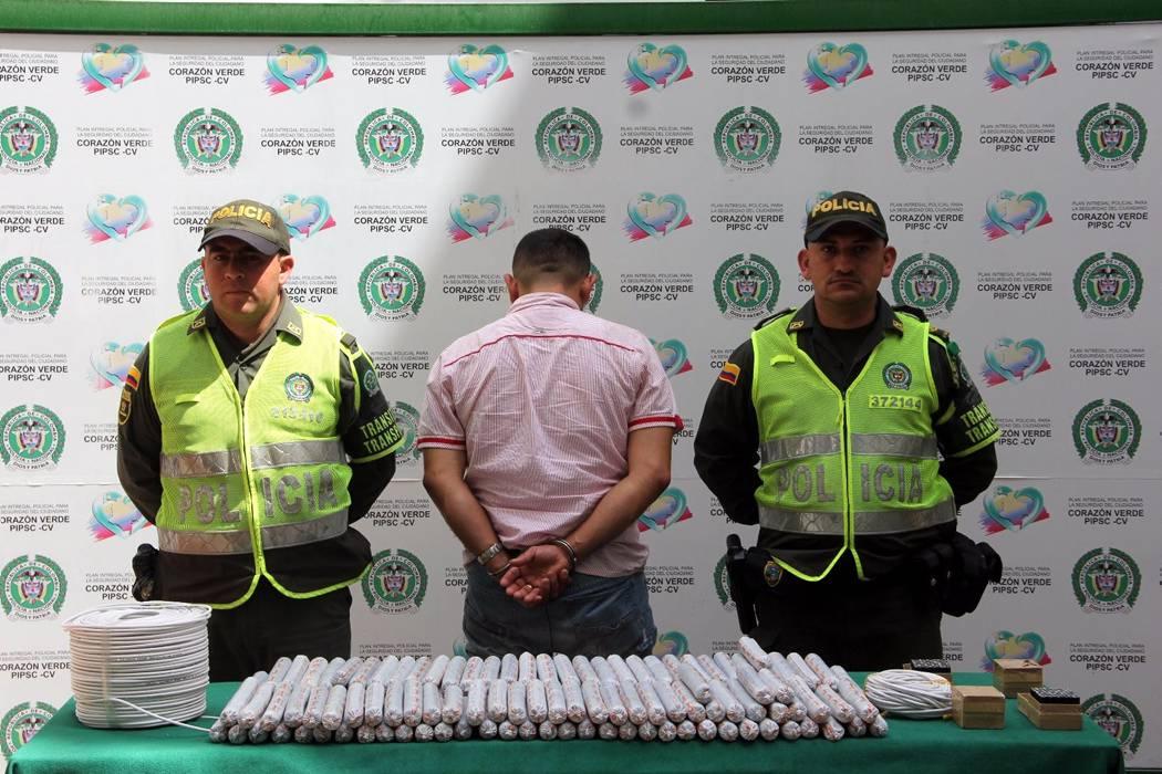 Capturan a un hombre que transportaba explosivos entre Barrancabermeja y Bucaramanga