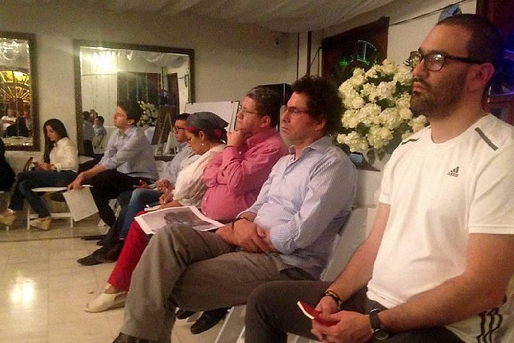 Farc y familias de diputados asesinados se reunieron