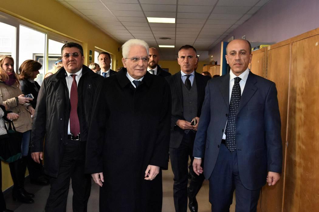 El presidente de Italia comienza las consultas para buscar nuevo Gobierno
