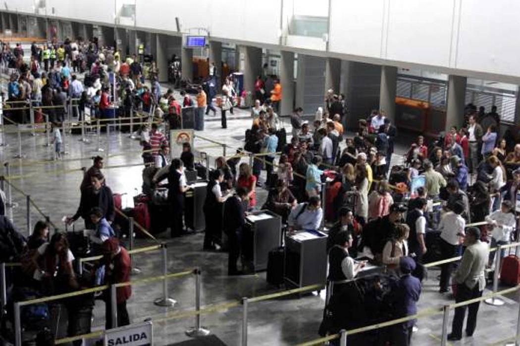 Al menos 5 millones de pasajeros se movilizarán por 56 aeropuertos
