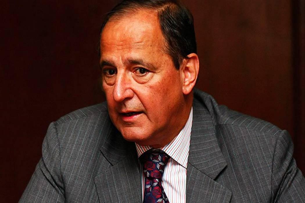 Juan Camilo Restrepo propone al Eln decretar tregua para Navidad y Año Nuevo
