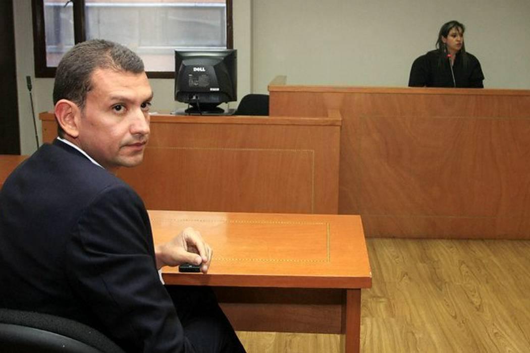 El contratista Emilio Tapia aceptó el cargo de enriquecimiento ilícito