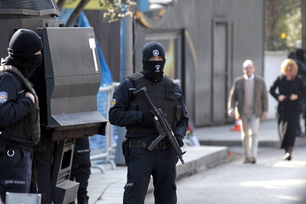 Van doce detenidos en caso del ataque contra el club Reina