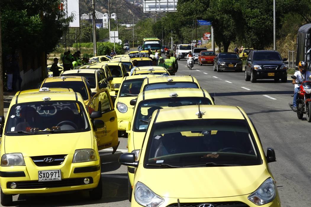Tránsito dice que está vigente Pico y Placa para los taxistas en Bucaramanga