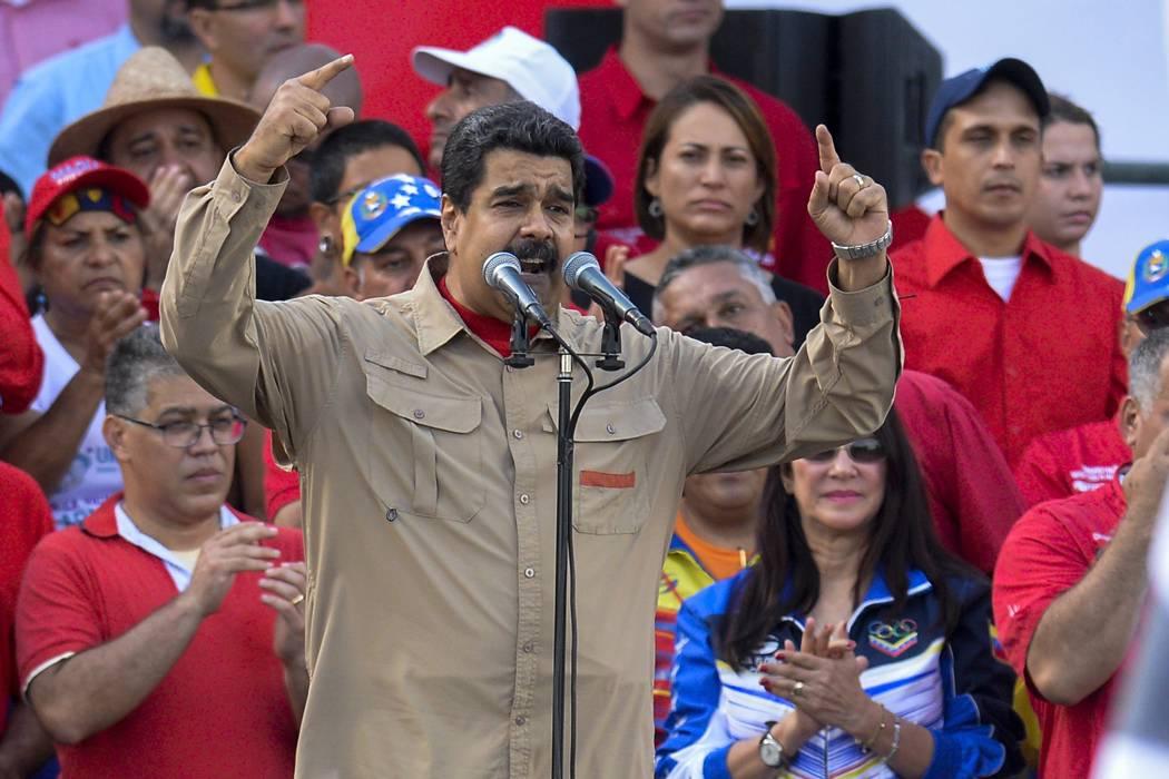 Declararán a Maduro en abandono de cargo por crisis en Venezuela