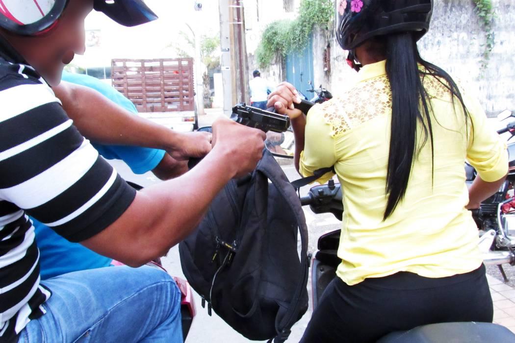Tras persecución, capturan a delincuente que asaltó a una mujer en Bucaramanga