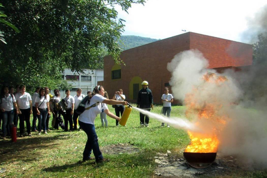 Autoridades del municipio hacen campaña para prevenir incendios