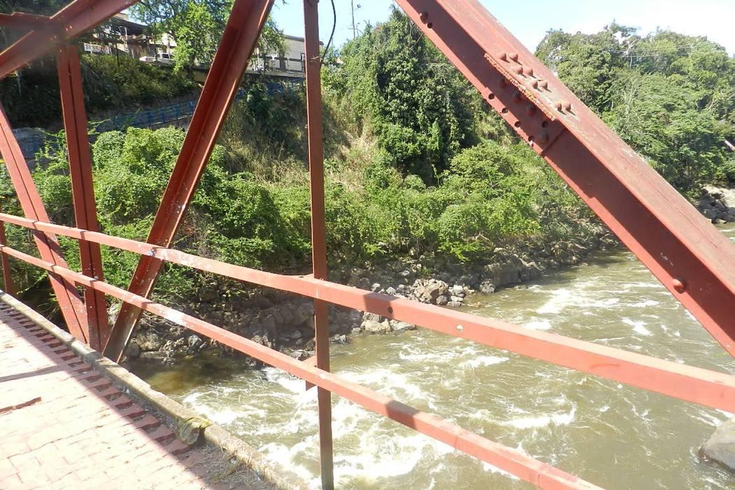 Familia de Yadira Sarmiento continúa en su búsqueda