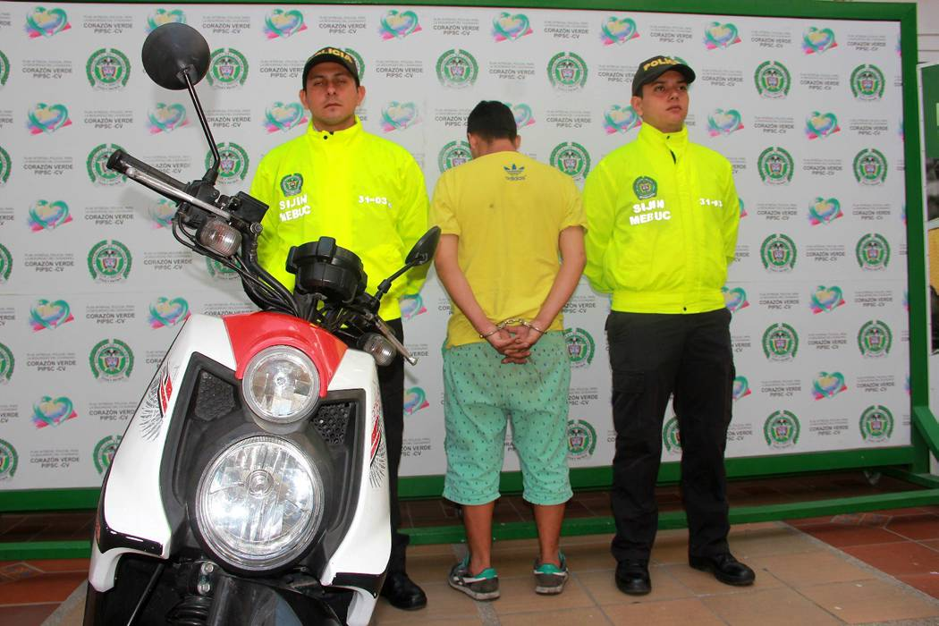 Capturan hombre que cobraba extorsión para devolver motocicleta en Floridablanca