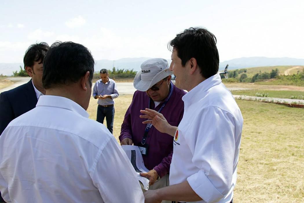 Realizaron visita al aeródromo Los Pozos de San Gil