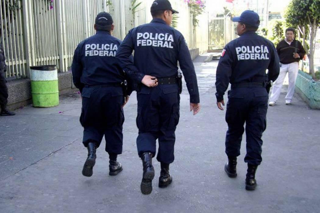 Liberan a cinco policías que habían sido secuestrados en México