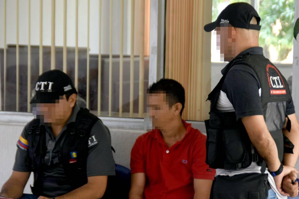 Acusan a un hombre de abusar de su hijastra en Santander