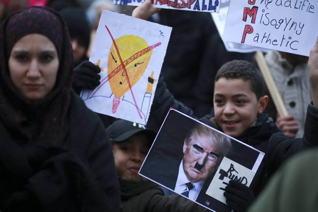 Casa Blanca contempla otro decreto migratorio