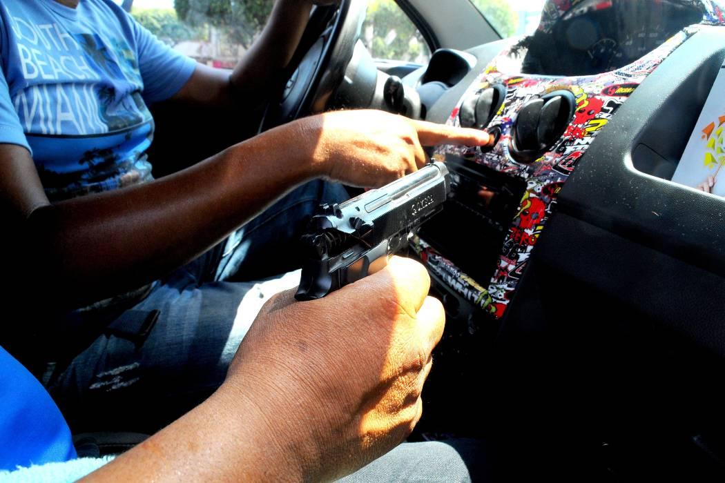 Denuncian fallas en botones de pánico de taxistas en Bucaramanga