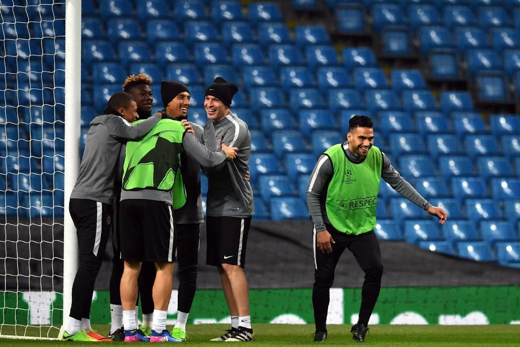 Falcao es titular en el duelo de Mónaco ante Manchester City por Champions
