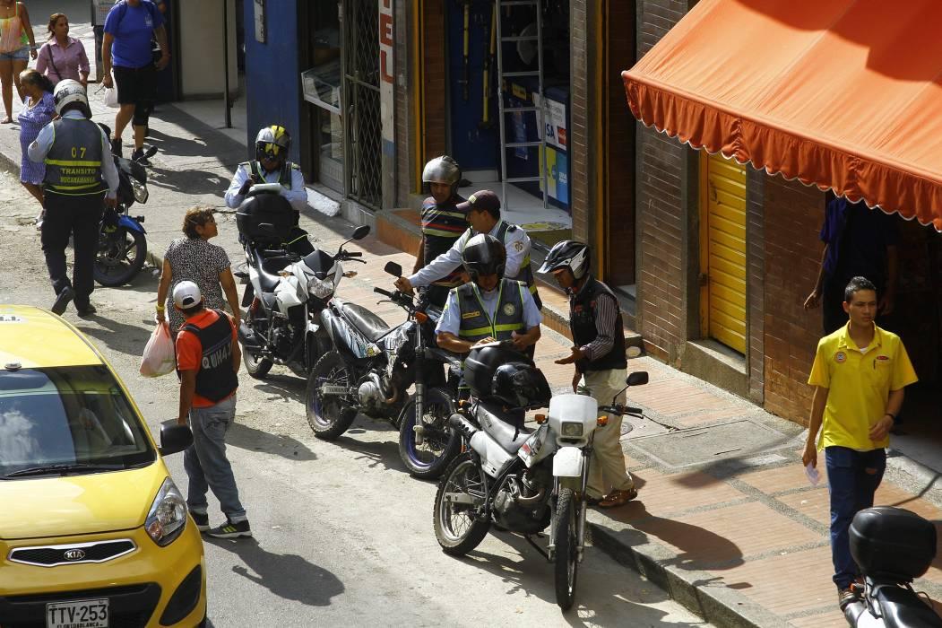 Solo multaron a 5 infractores del 'Pico y Placa' del Centro de Bucaramanga