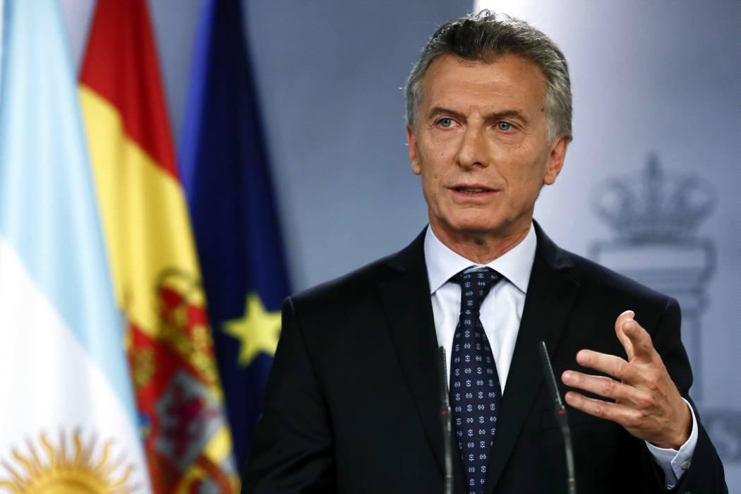 Fiscal pide investigar a Macri por adjudicación de rutas aéreas a Avianca
