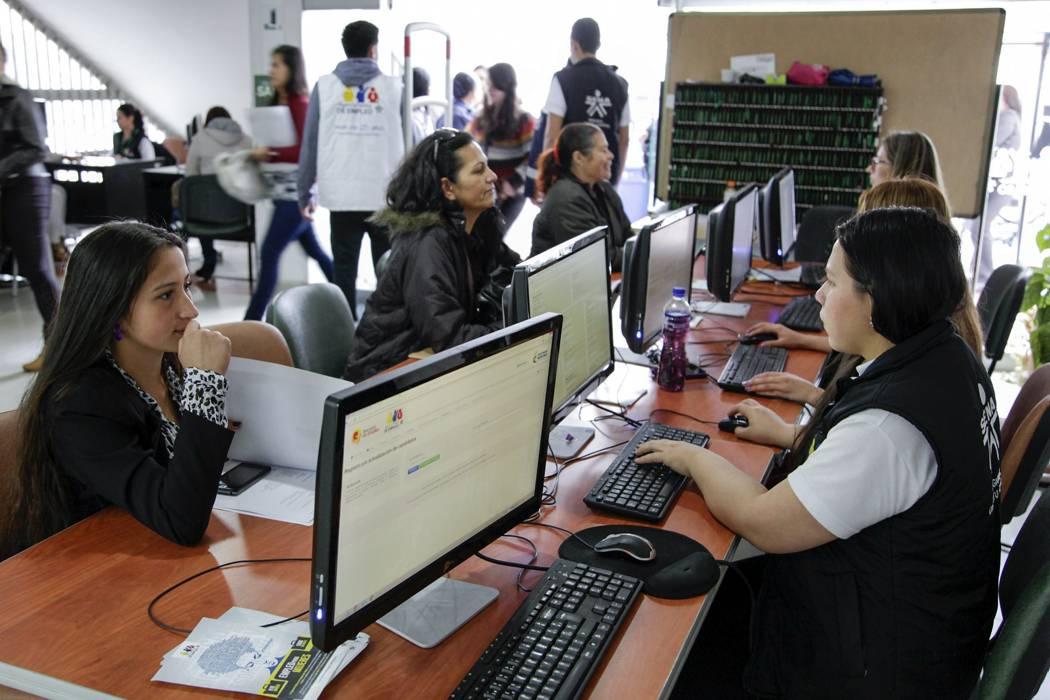 281 vacantes para mujeres ofrece el Sena en Santander