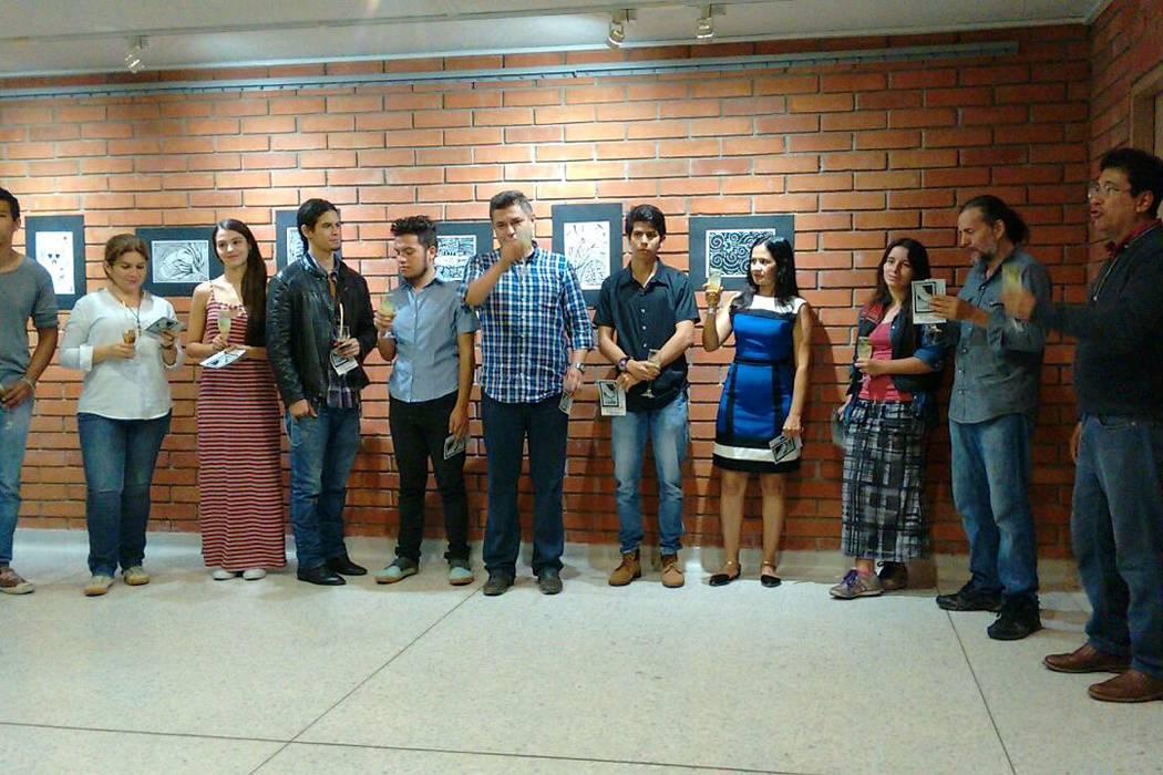 Grabados de estudiantes de Artes Plásticas se presentan en la UPB