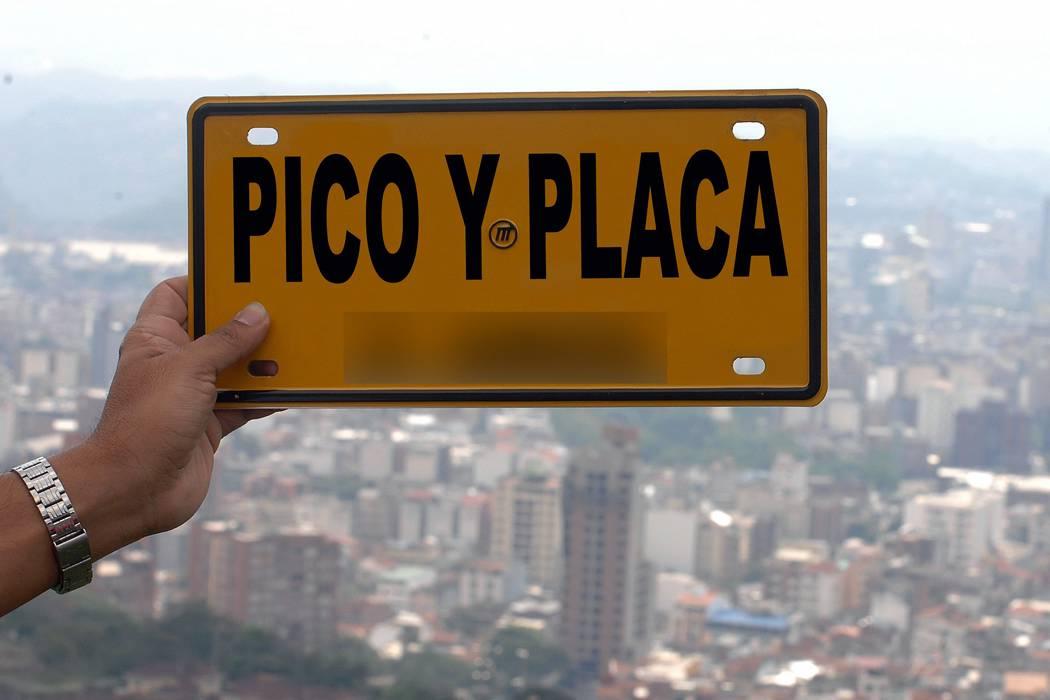 Nuevo choque por Pico y Placa entre comerciantes y Alcalde de Bucaramanga