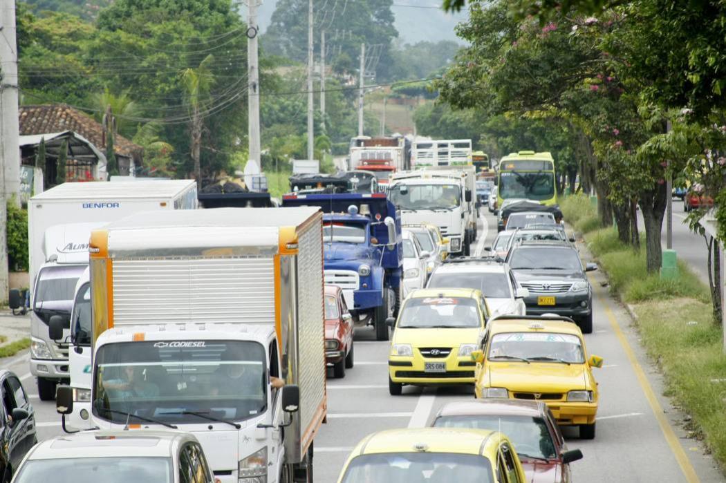 Conozca la vía con la que buscan evitar los trancones en la autopista a Piedecuesta