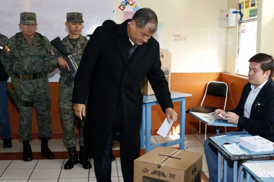 Lenín Moreno, candidato de Correa, lo sucederá en la presidencia de Ecuador
