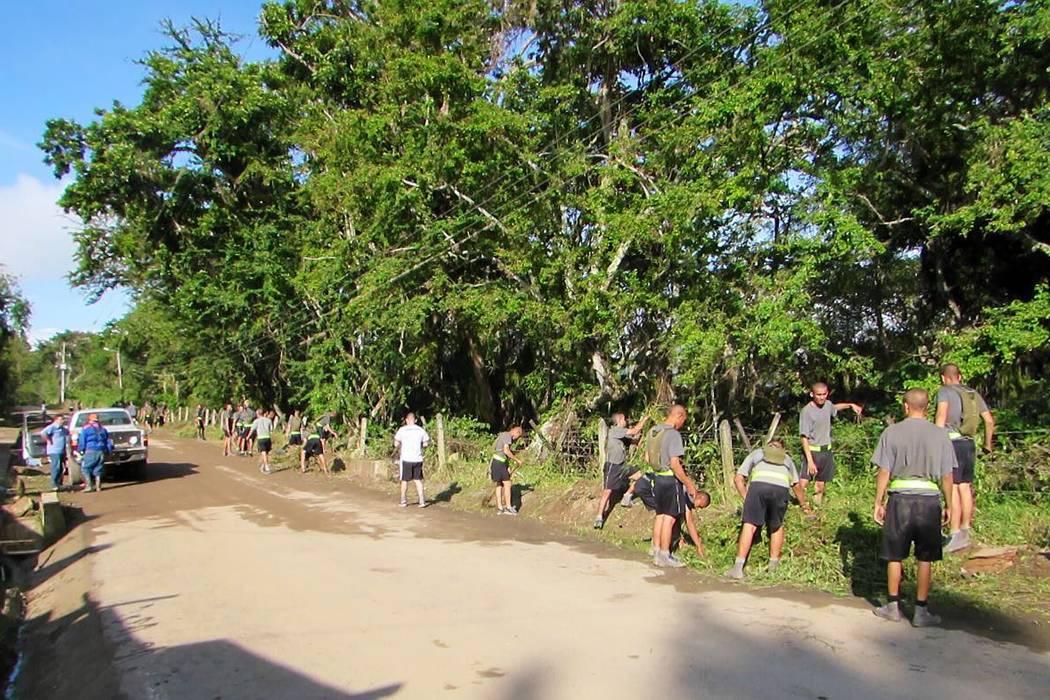 Realizaron jornada de  macaneo vía a Simacota
