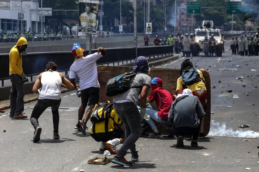 Disturbios agudizan crisis en Venezuela