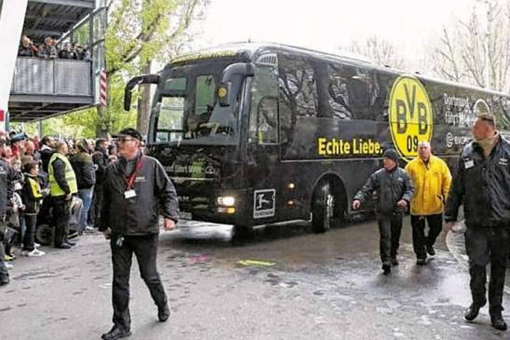 Por ataque al bus del Borusia Dortmund suspenden el partido