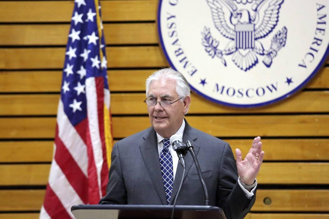 Tillerson llega a Rusia con ultimátum para Putin en Siria