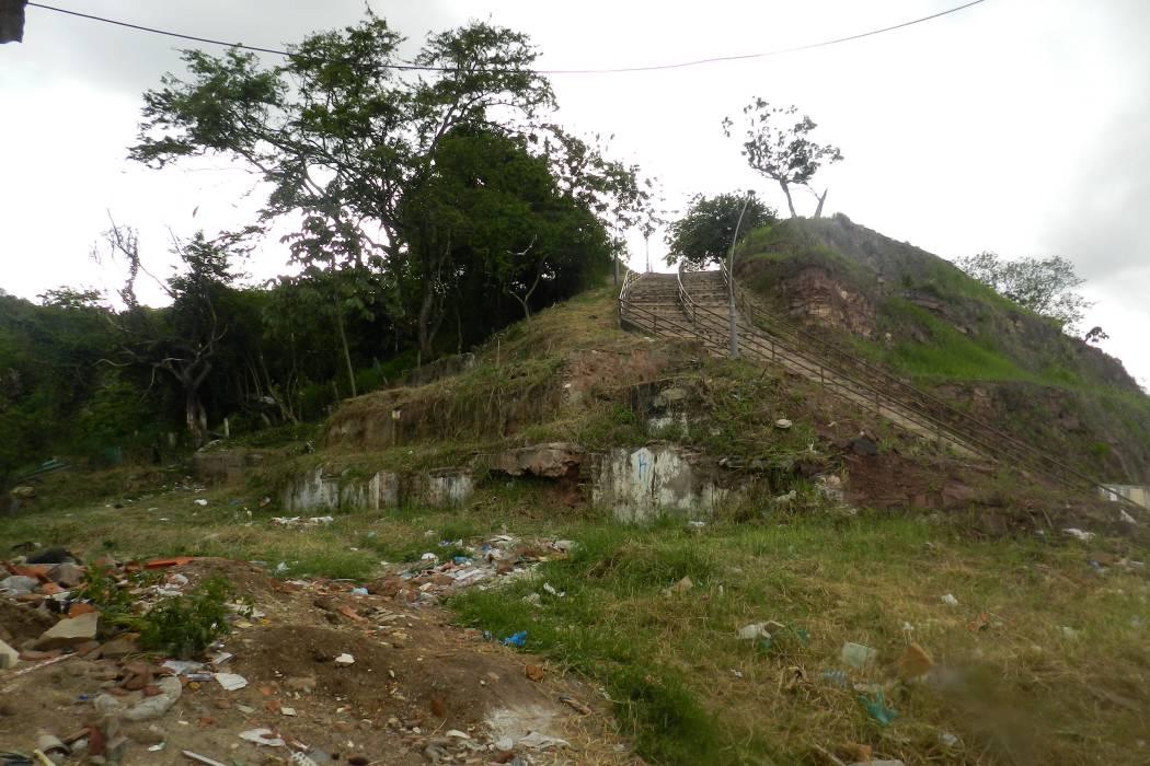 Comunidad dice que el Cerro de La Cantera tiene dos caras