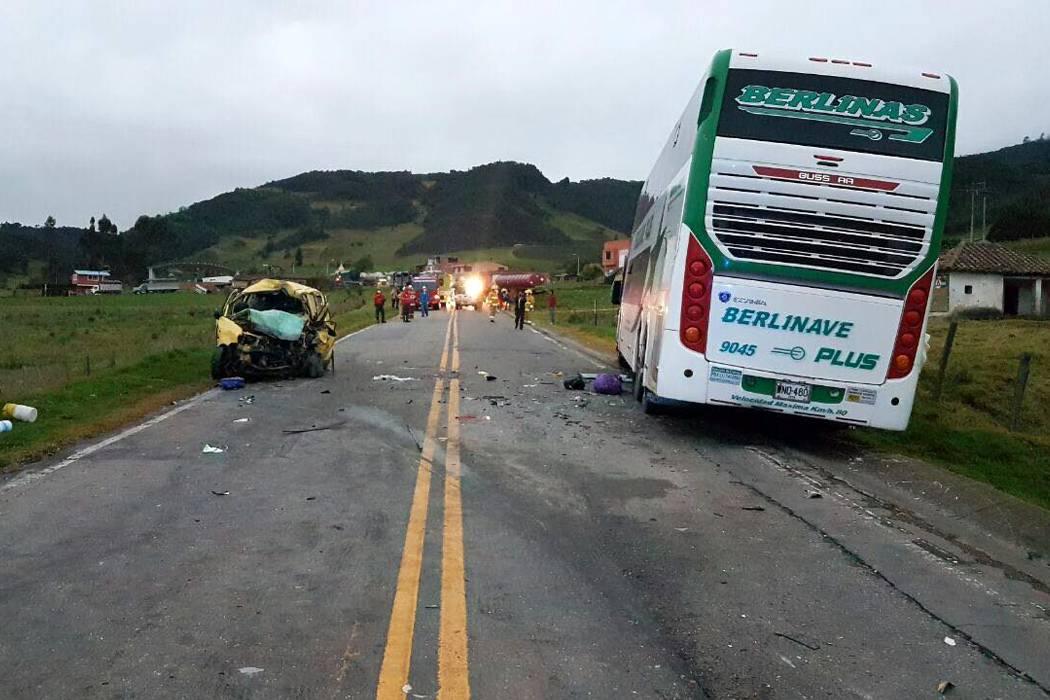 Tres muertos dejó grave accidente de tránsito en la vía Bucaramanga-Bogotá