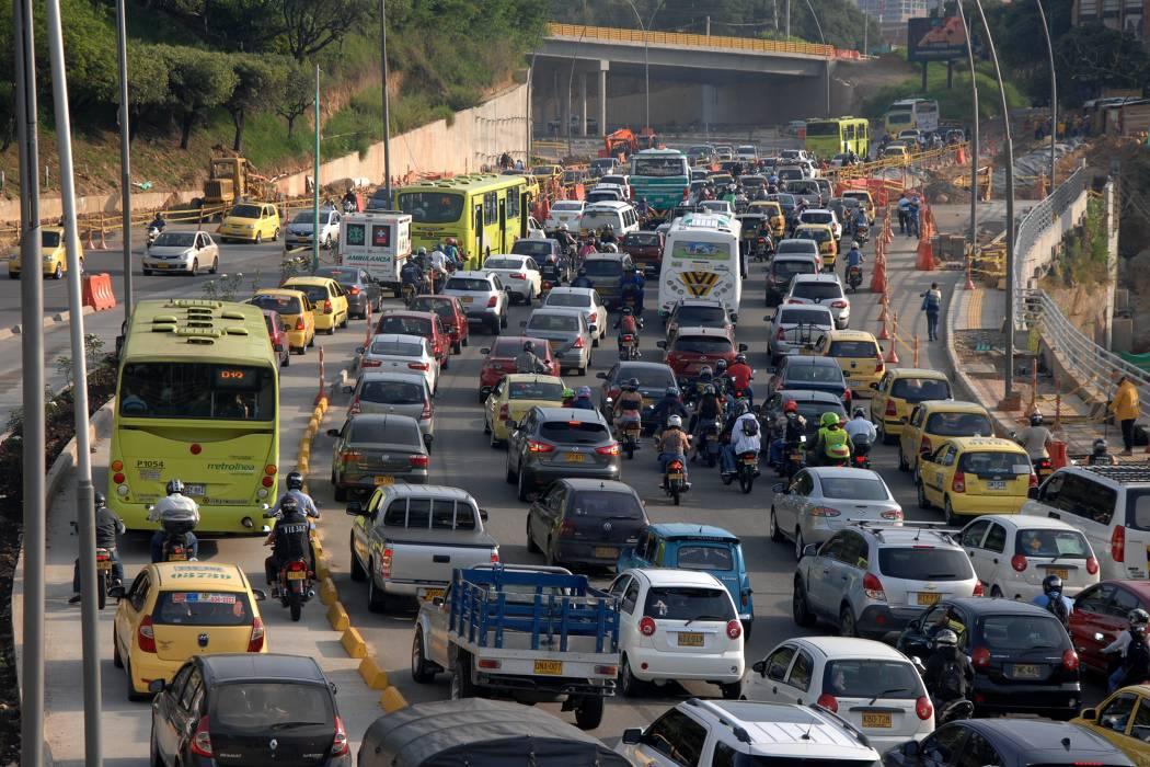 Pico y Placa de tres dígitos en Bucaramanga sería de lunes a sábado