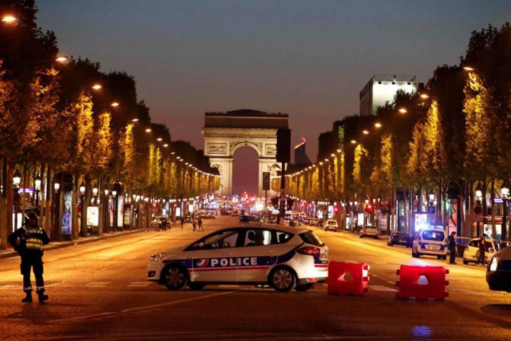 Reportan tiroteo en París: un policía muerto y otro herido