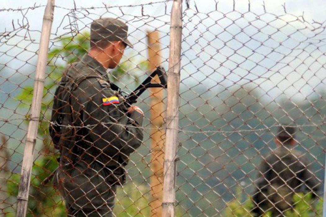 Guardia Indígena retiene a cinco policías del Gaula en el Cauca