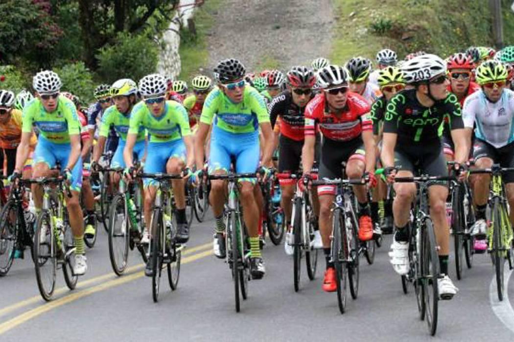 Santandereano ganó etapa y es líder de Vuelta de La Juventud