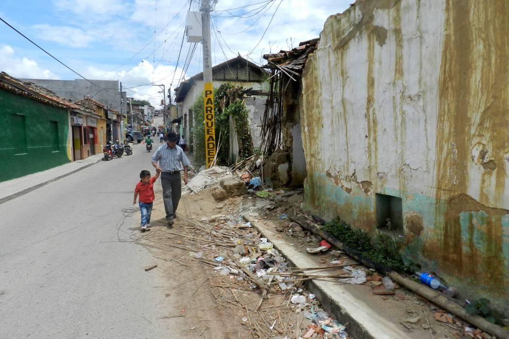 """""""La Alcaldía está esperando un desastre"""": comunidad calle 12"""