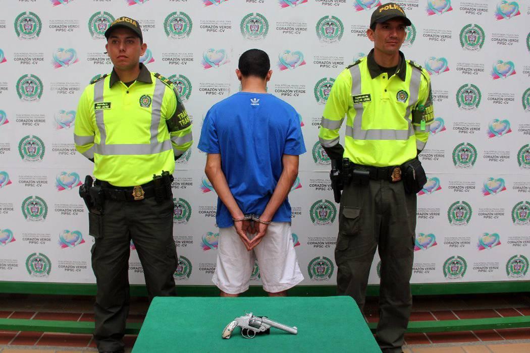 Van 190 capturados por porte ilegal de armas este año: Policía